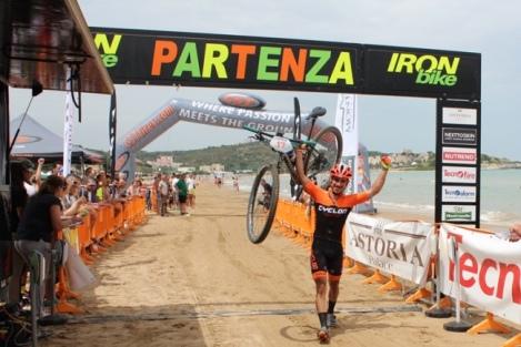 Gargano 2016 Degioia vincitore marathon