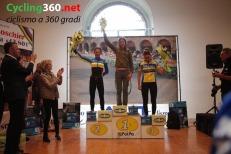 Avesani_podio donne Medio copy